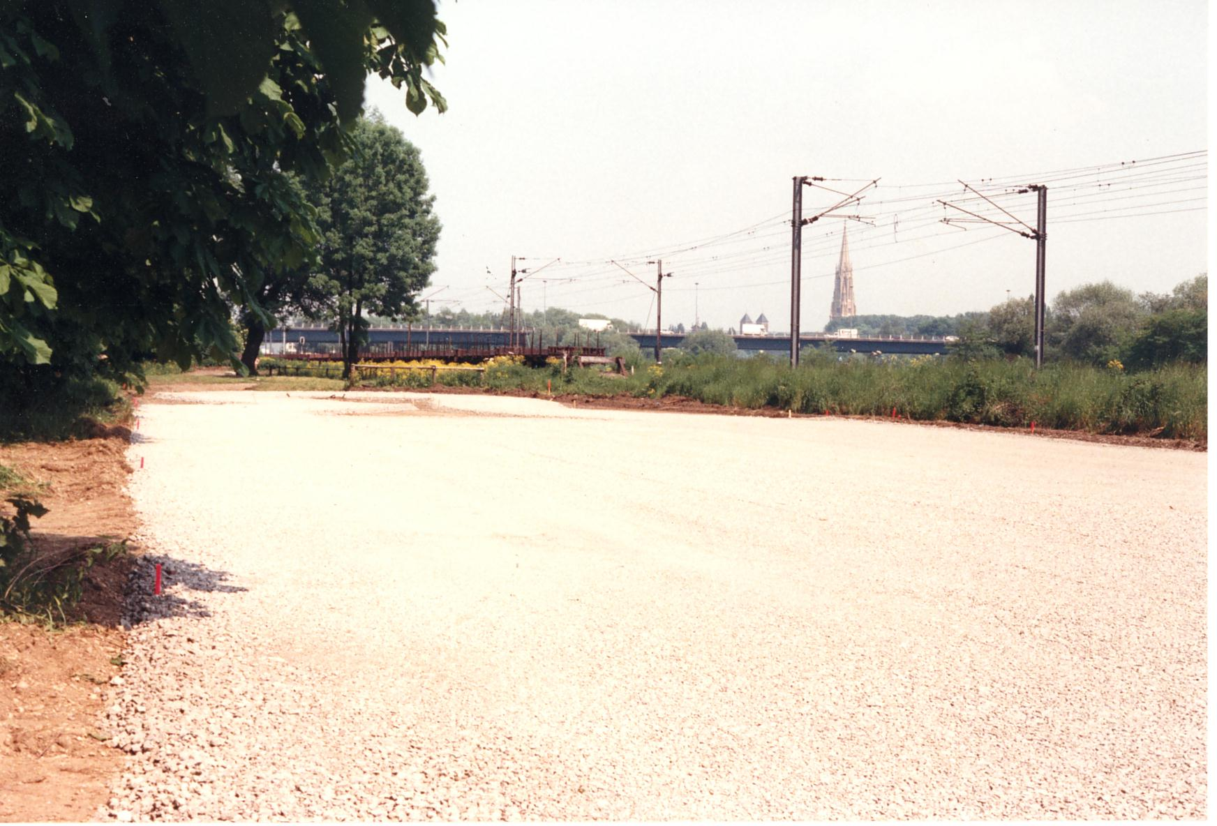 1989-05-00_graouilly_03_creation_piste_vitesse